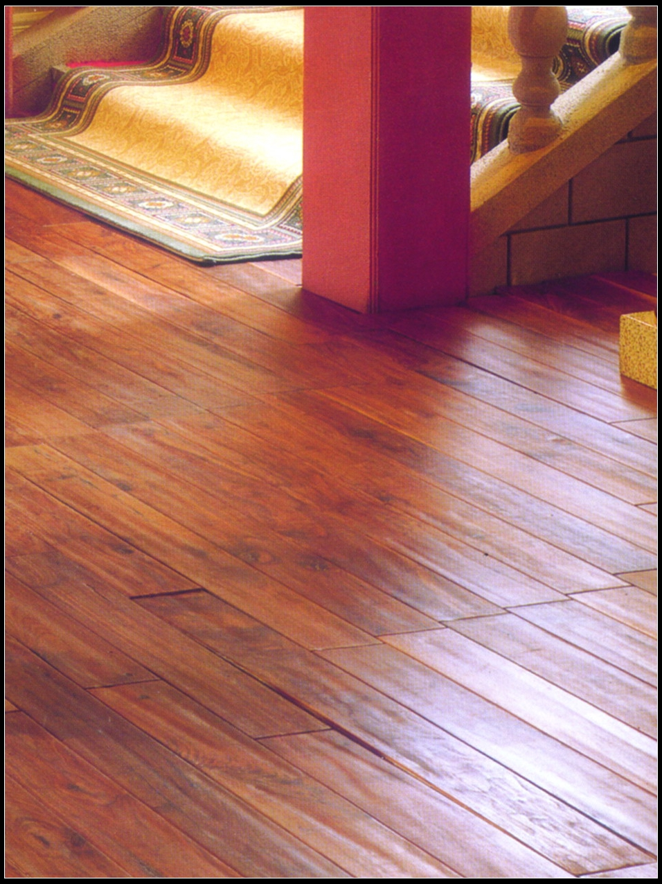 Country Wood Flooring Hand Distressed