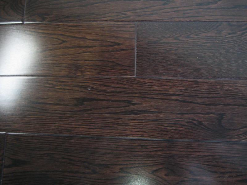 Dark Brown Wood Flooring 800 x 600